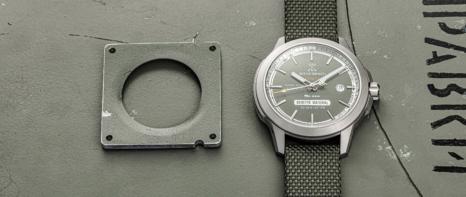 wb-soyuz-02-olive-superlative-dial-background