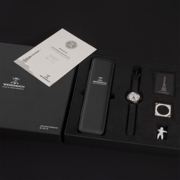wb-soyuz-02-raw-iv-superlative-black-gallery-4-limited